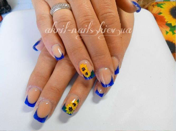 подсолнухи на ногтях